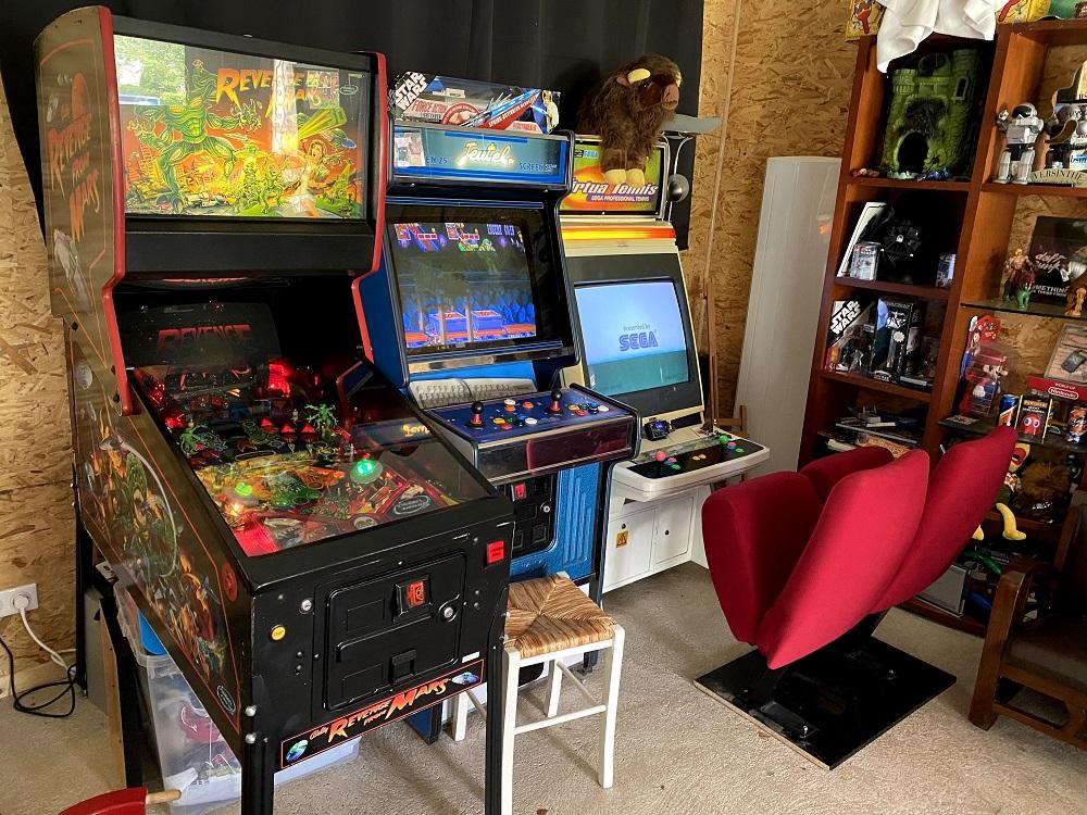 henrideath- Gameroom avec fauteuils de cinéma